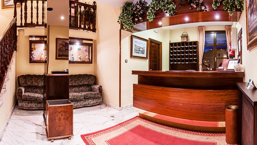 Hotel Las Rocas - recepción